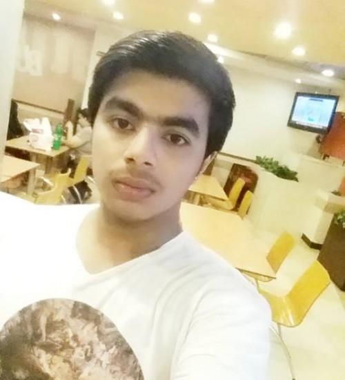 Male-Model-Karachi-Hasan
