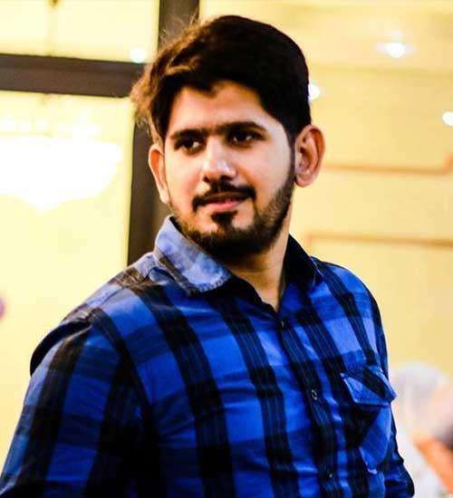 Male-Model-Karachi-Shabhi