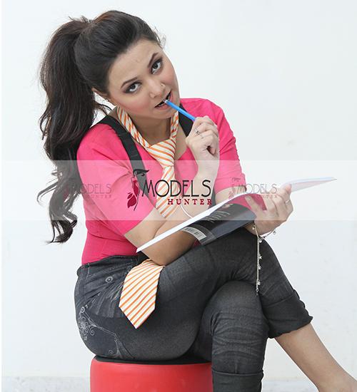 Female-Model-Karachi-Shehza