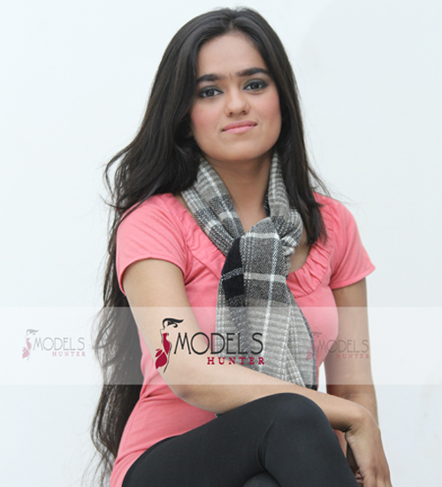 Female-Model-Karachi-Adda