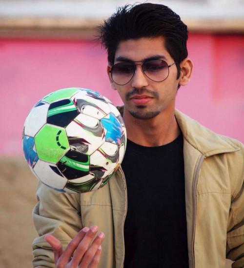 male-model-karachi-Salman