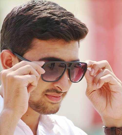 Male-Model-Karachi-Naeem